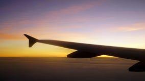 Προσέξτε την ανατολή από το αεροπλάνο Στοκ φωτογραφία με δικαίωμα ελεύθερης χρήσης