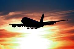 Προσγείωση σκιαγραφιών Στοκ Εικόνες