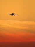 προσγειωμένος αεροπλάν&o Στοκ φωτογραφίες με δικαίωμα ελεύθερης χρήσης