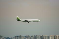 προσγειωμένος αεροπλάν&o Στοκ εικόνα με δικαίωμα ελεύθερης χρήσης