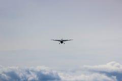 προσγειωμένος αεροπλάνο μικρό Στοκ Εικόνες