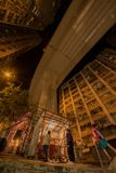 """Προσευχές κάτω από το """"ρόλερ κόστερ πόλεων """" στοκ εικόνα"""