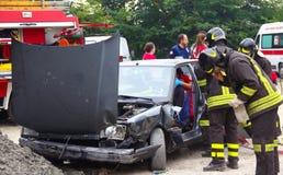 Προσομοίωση διάσωσης του ατυχήματος Στοκ φωτογραφίες με δικαίωμα ελεύθερης χρήσης