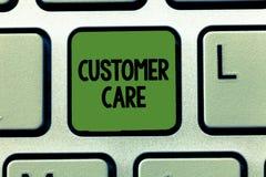 Προσοχή πελατών κειμένων γραψίματος λέξης Επιχειρησιακή έννοια για τη διαδικασία οι πελάτες για να εξασφαλίσει καλύτερα την ικανο στοκ εικόνες με δικαίωμα ελεύθερης χρήσης