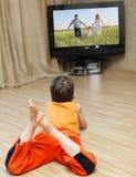 προσοχή TV παιδιών Στοκ εικόνες με δικαίωμα ελεύθερης χρήσης