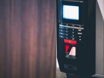 Προστασία κωδικού πρόσβασης συστημάτων ασφαλείας ανίχνευσης δακτυλικών αποτυπωμάτων Στοκ φωτογραφίες με δικαίωμα ελεύθερης χρήσης