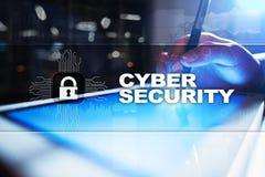 Προστασία Cyber, προστασία δεδομένων, ασφάλεια πληροφοριών και κρυπτογράφηση τεχνολογία Διαδικτύου και επιχειρησιακή έννοια στοκ φωτογραφία