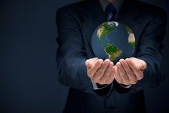 Προστατεύστε το πλανήτη Γη Στοκ εικόνα με δικαίωμα ελεύθερης χρήσης