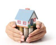 Προστατεύστε το σπίτι σας διαθέσιμο διανυσματική απεικόνιση