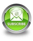 Προσυπογράψτε (εικονίδιο ηλεκτρονικού ταχυδρομείου ενημερωτικών δελτίων) το στιλπνό πράσινο στρογγυλό κουμπί ελεύθερη απεικόνιση δικαιώματος