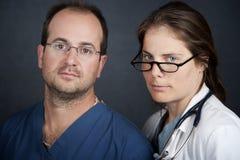 προσφέροντες ιατρικές υπηρεσίες προσοχής Στοκ Εικόνα