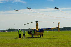 Προσωπικό αερογραμμών στο airshow Στοκ Εικόνα