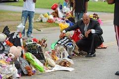 Προσωρινό μνημείο όπου ο Michael Brown πυροβολήθηκε Στοκ Εικόνες