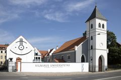 Προτεσταντική Εκκλησία και πανεπιστημιακά κτήρια σε Kaunas στοκ φωτογραφίες