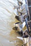 Προωστήρας βαρκών στον ποταμό Στοκ Φωτογραφίες