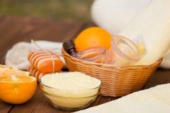 Προϊόντα για να καταπολεμήσει cellulite Κενό μασάζ Στοκ εικόνα με δικαίωμα ελεύθερης χρήσης