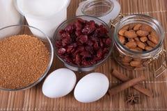 Προϊόντα για την προετοιμασία κέικ Στοκ φωτογραφία με δικαίωμα ελεύθερης χρήσης