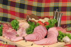 προϊόντα κρέατος που καπνί&zet Στοκ Εικόνες