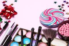 Προϊόντα ομορφιάς για το κόμμα διακοπών makeup Στοκ Φωτογραφίες