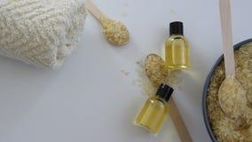 Προϊόντα φροντίδας δέρματος με την ουσία του ρυζιού φιλμ μικρού μήκους