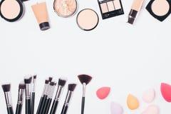Προϊόντα Makeup για ακόμη και τη χροιά στοκ φωτογραφία με δικαίωμα ελεύθερης χρήσης