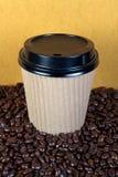 προϊόν μίας χρήσης φλυτζανιών καφέ φασολιών Στοκ φωτογραφία με δικαίωμα ελεύθερης χρήσης