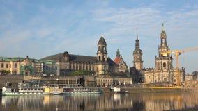 Πρωί Απριλίου στο Elbe Παλαιά Δρέσδη, Γερμανία απόθεμα βίντεο
