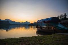 Πρωί από τη λίμνη στοκ φωτογραφίες με δικαίωμα ελεύθερης χρήσης