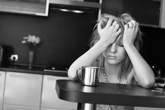 πρωί κοριτσιών νυσταλέο Στοκ φωτογραφία με δικαίωμα ελεύθερης χρήσης