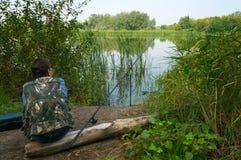 Πρωί που αλιεύει στον ποταμό Chagan στοκ εικόνες με δικαίωμα ελεύθερης χρήσης