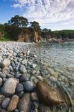 Πρωί στην παραλία χαλικιών θάλασσας Στοκ εικόνες με δικαίωμα ελεύθερης χρήσης