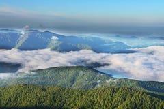 Πρωί στο βουνό στοκ εικόνες με δικαίωμα ελεύθερης χρήσης