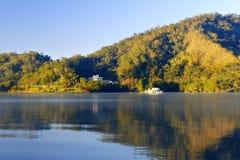 Πρωί της λίμνης φεγγαριών ήλιων Στοκ Εικόνες