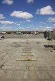 πρωινό κενό τερματικό αεροπλάνων στοκ φωτογραφίες με δικαίωμα ελεύθερης χρήσης