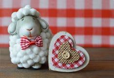 Πρόβατα και καρδιά Στοκ Εικόνες