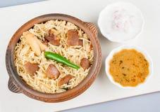 Πρόβειο κρέας Biryani με τη σαλάτα Στοκ Εικόνα