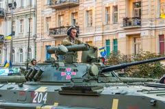 Πρόβες για τη στρατιωτική παρέλαση για τη ημέρα της ανεξαρτησίας Στοκ εικόνα με δικαίωμα ελεύθερης χρήσης