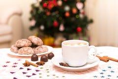 Πρόγευμα-καφές Χριστουγέννων με marshmallows Στοκ Φωτογραφίες