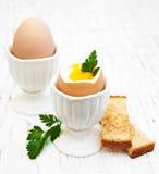 Πρόγευμα με τα αυγά και φρυγανιά Στοκ Φωτογραφία