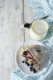 Πρόγευμα με το γάλα και το ψήσιμο Στοκ Εικόνες