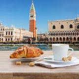 Πρόγευμα στη Βενετία, Ιταλία Στοκ Εικόνα