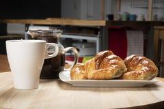 Πρόγευμα Deliciuos στην κουζίνα Στοκ φωτογραφίες με δικαίωμα ελεύθερης χρήσης