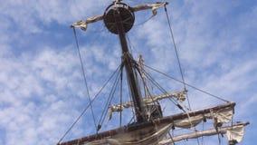 Πρόσδεση ενός σκάφους πειρατών απόθεμα βίντεο