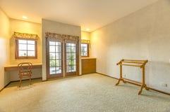 Πρόσθετο κάτω εφεδρικό δωμάτιο στο σπίτι Καλιφόρνιας Στοκ φωτογραφία με δικαίωμα ελεύθερης χρήσης