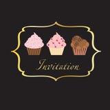 πρόσκληση ανασκόπησης cupcake Στοκ εικόνα με δικαίωμα ελεύθερης χρήσης