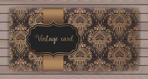 Πρόσκληση, κάρτες με damask το υπόβαθρο Σχέδιο ύφους Arabesque Στην ξύλινη ανασκόπηση σωματειακό διάνυσμα ύφους λογότυπων απεικόν Διανυσματική απεικόνιση