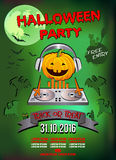 Πρόσκληση σε ένα κόμμα αποκριών, ακουστικά του DJ κολοκύθας στοκ φωτογραφία