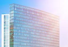 Πρόσοψη γυαλιού του επιχειρησιακού κτηρίου Στοκ φωτογραφίες με δικαίωμα ελεύθερης χρήσης