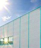 Πρόσοψη ενός βιομηχανικού κτηρίου Στοκ φωτογραφίες με δικαίωμα ελεύθερης χρήσης