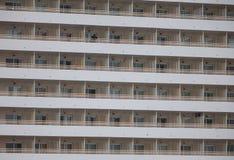 Πρόσοψη και μπαλκόνια ξενοδοχείων Στοκ Εικόνες